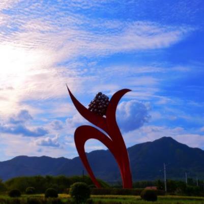 四川异型雕塑与客户需求