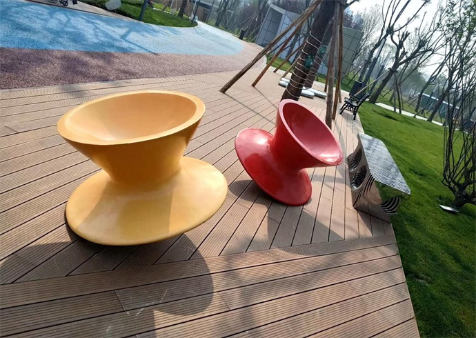 成都新金牛公园合作客户四川异型雕塑