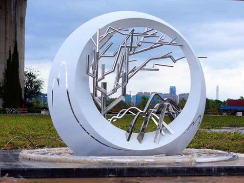 不锈钢景观雕塑有哪些保养秘诀?
