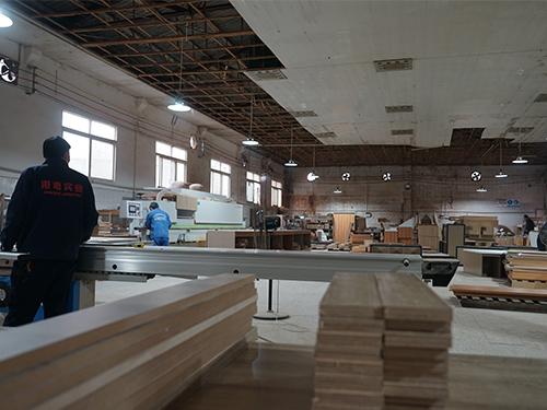 四川干货展示柜生产车间