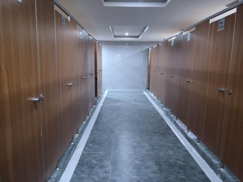 四川厕所隔断案例展示