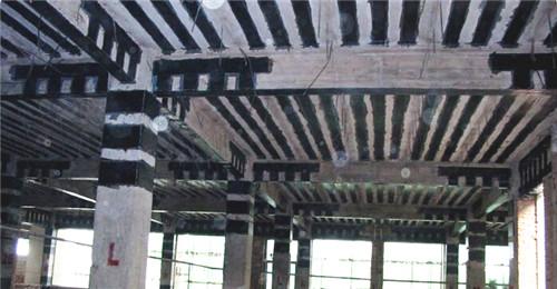 固恺湖北碳纤维加固工程施工现场