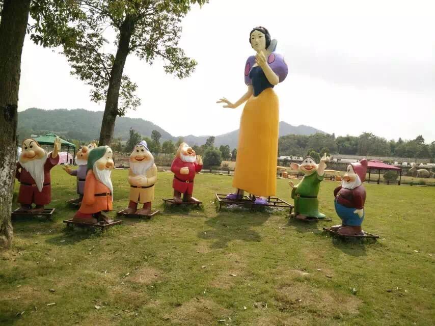四川卡通雕塑设计