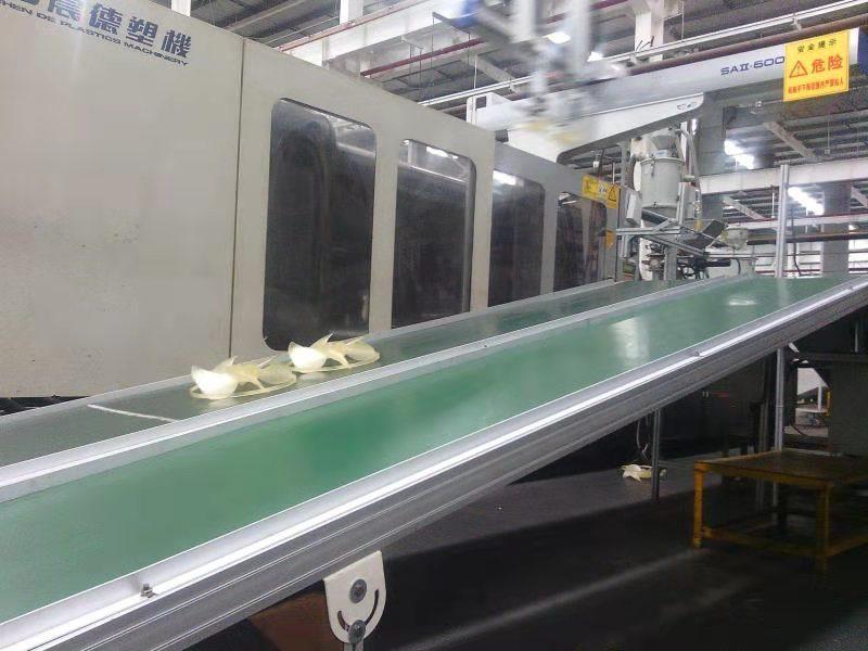 四川紫光盈合自动化流水线安装案例