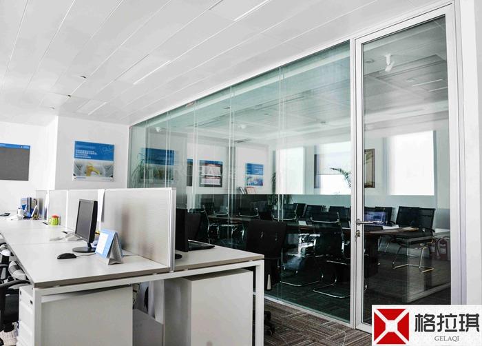 武汉办公室玻璃隔断