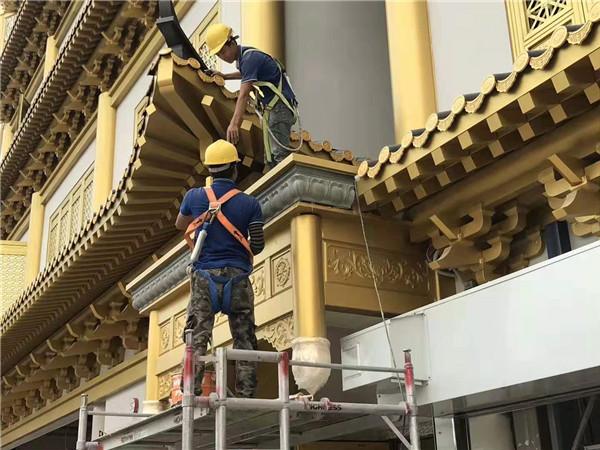 新加坡定制金属瓦正在安装