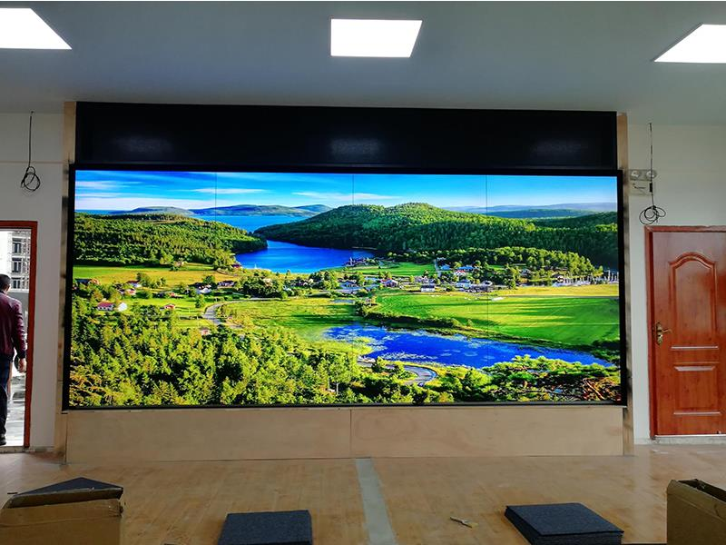 LCD大屏幕如何安装?拼接屏如何接线?