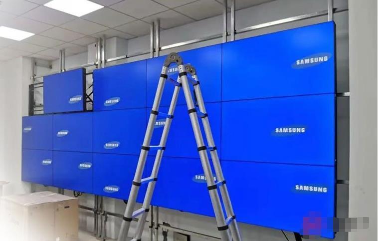 指挥中心液晶拼接屏安装