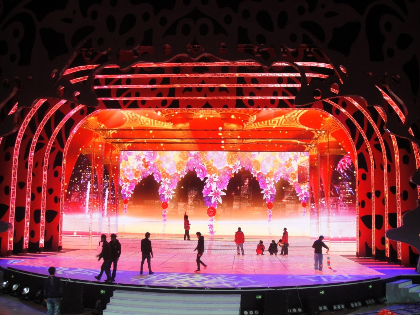 舞台背景led显示屏如何定制