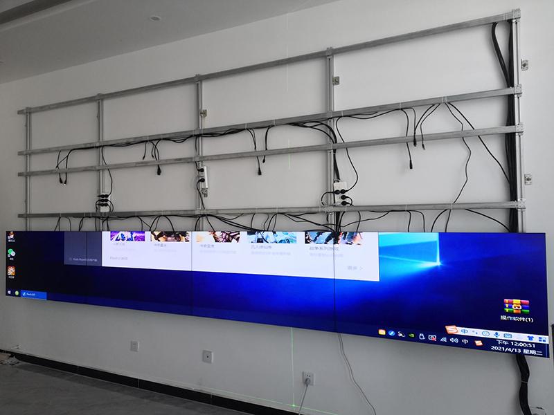 拼接屏壁挂支架与落地式支架区别