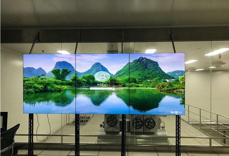 55寸液晶拼接屏一块成本一两万,电视机一两千