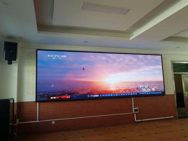 会议室用LED显示屏不用投影仪的理由
