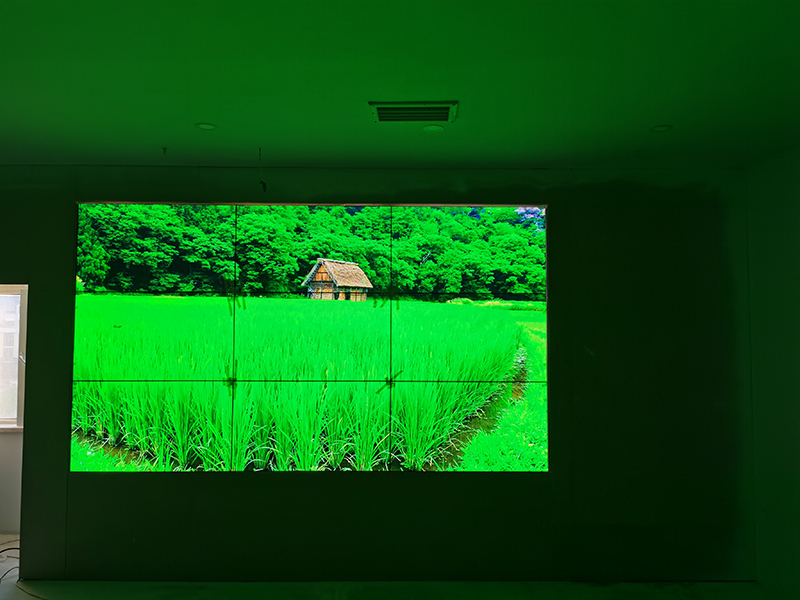 会议室大屏幕使用LED显示屏与LCD液晶拼接屏哪个好