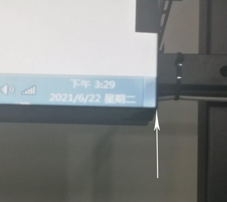 无缝拼接屏多少钱一平方?做55寸3x3的大概多少钱