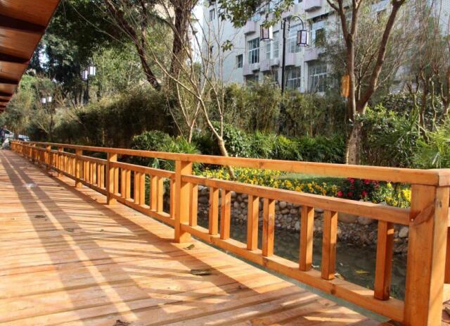 重庆木栏杆安装