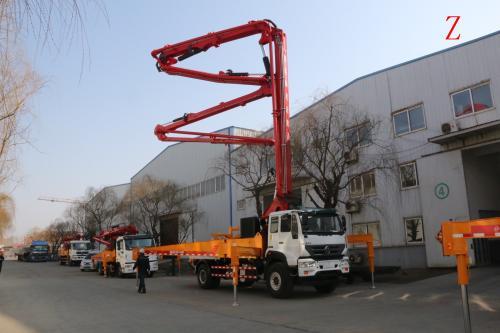 小型泵车_混泥土输送泵_工程机械设备租赁