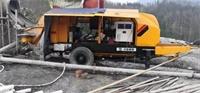 6013拖泵在中烨国际建工集团大为镇石膏矿场治理施工现场