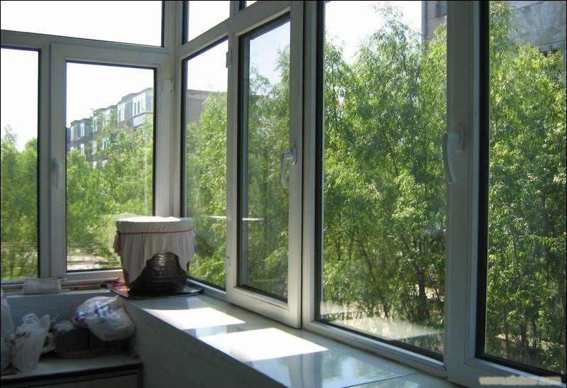 四川彩铝门窗