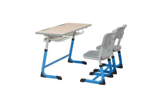 愷力課桌椅
