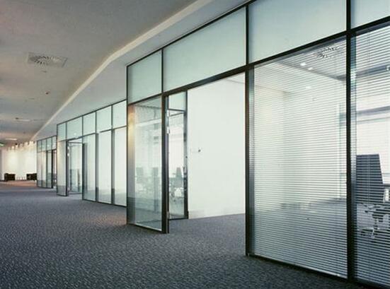 想要环保同时节约空间,视野和光线并存的选择-办公高隔玻璃