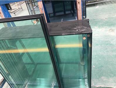 今天带你了解夹胶玻璃和玻璃所用胶的特性