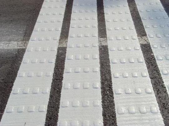 热熔型道路标线性能特点