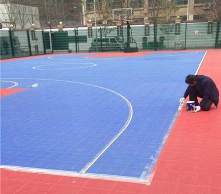 吴起体育场使用久弘的水性硅PU篮球场