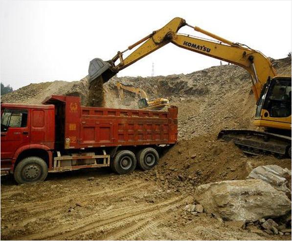 今天跟我们成都建渣清运厂家一起来看一下建筑垃圾的处理注意事项!