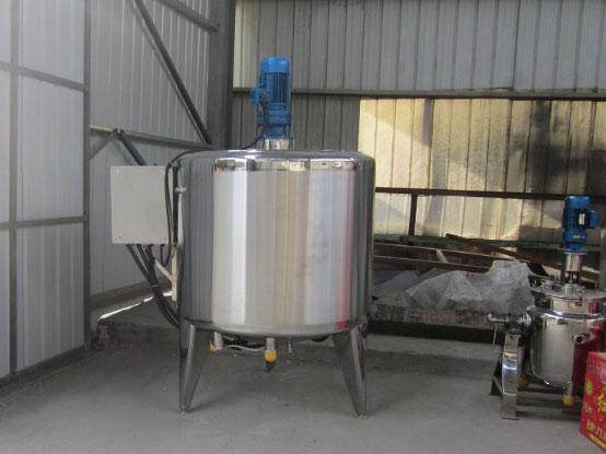 新疆储液罐