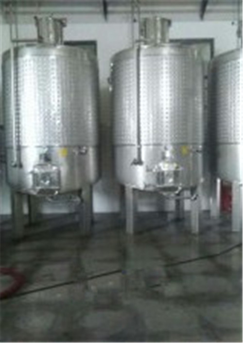 新疆葡萄酒冷冻罐