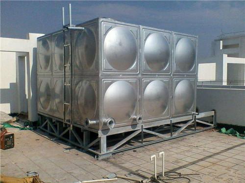 新疆和田市24吨不锈钢水箱