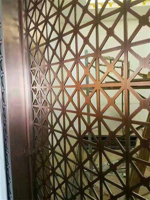 新疆不锈钢在各领域的应用和特点
