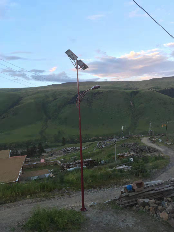 如何對四川太陽能路燈進行保養維護?