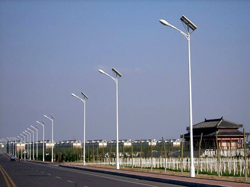 安装在新农村的四川太阳能路灯安全问题应该怎么处理