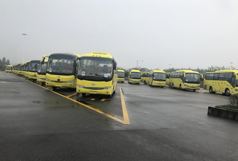 成都旅游包車服務