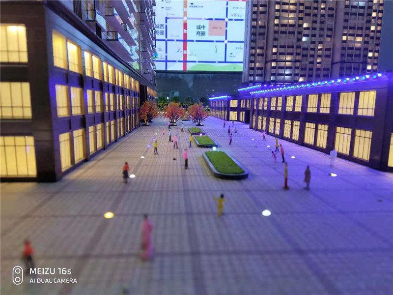 大型商场模型制作现场