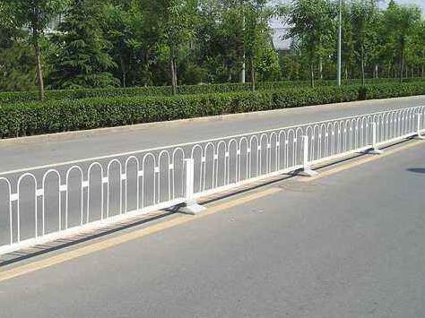 襄阳道路护栏