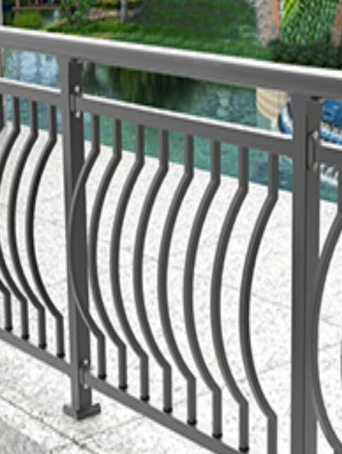 在选择阳台护栏厂家时的两小细节你有注意过么