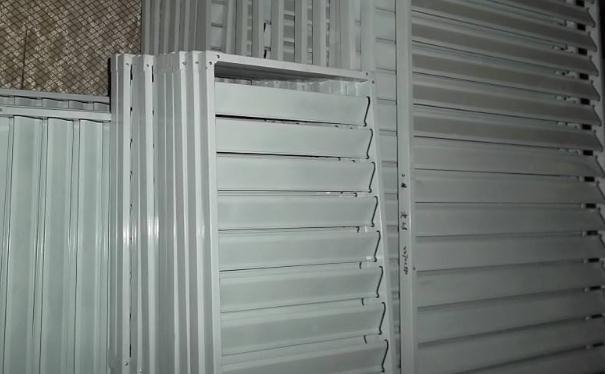 襄阳锌钢百叶窗