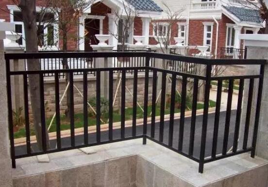 2019年啦!每位客户都需要知道的锌钢阳台护栏到底哪里好