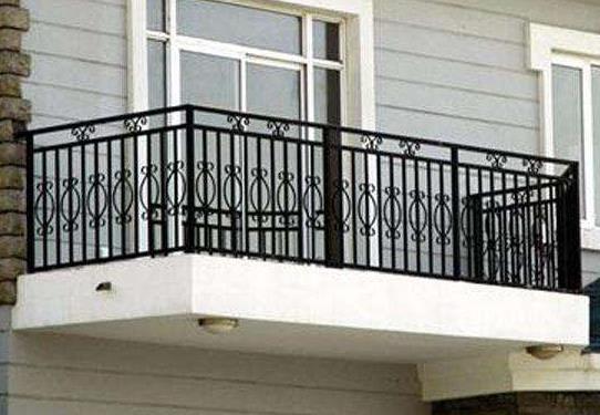 六点铝合金阳台护栏产品的优点,大家一定要看一看!