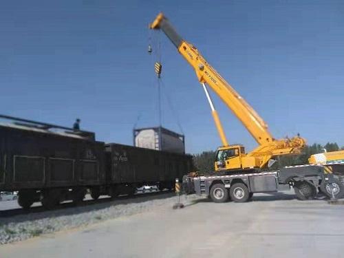 汇洋吊装为中国铁路工程总公司进行吊装运输