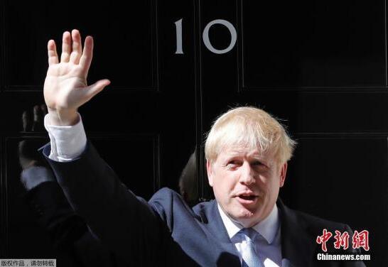 """英前首相布莱尔:两大党在大选前""""兜售幻想"""""""