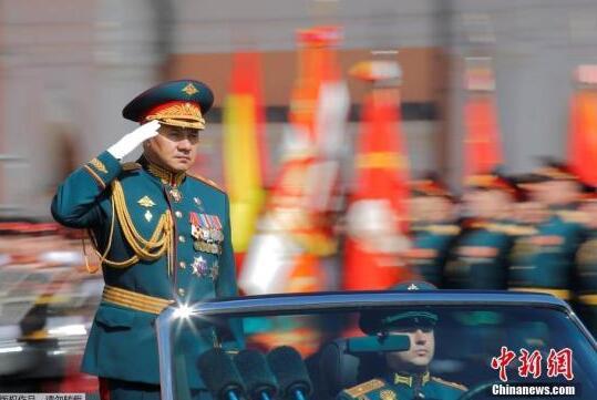 俄防长:2020年美国防预算近7500亿美元 较俄高15倍