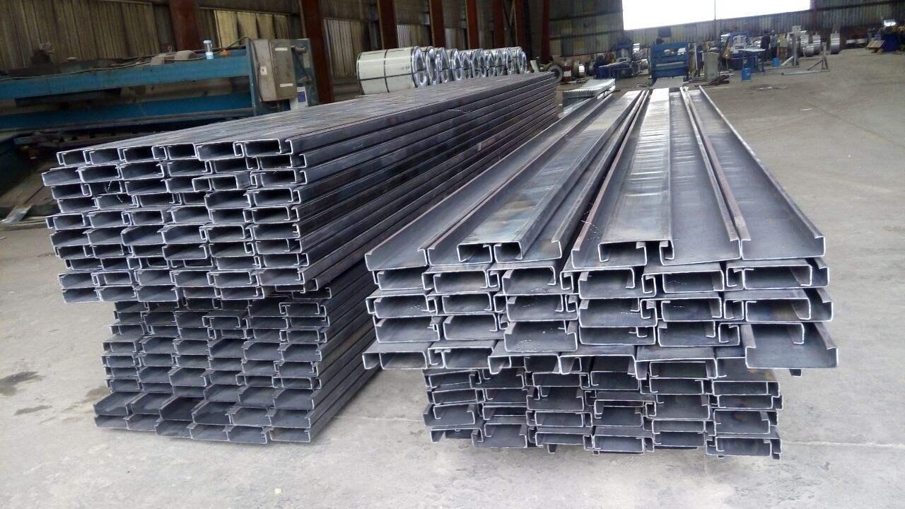 成都C型钢厂家