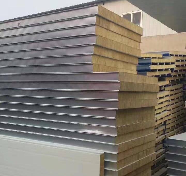 成都夹芯板的主要构成是什么又有哪些特点