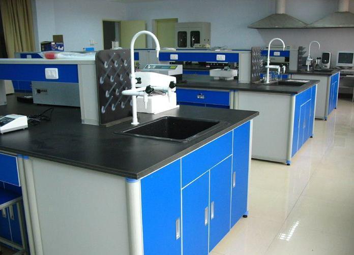 实验室家具的维修