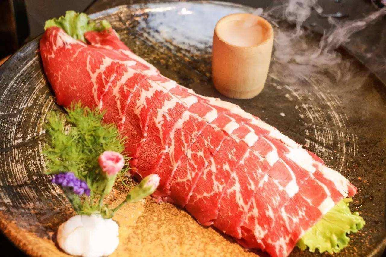 成都火锅串串哪家好-特色雪花牛肉