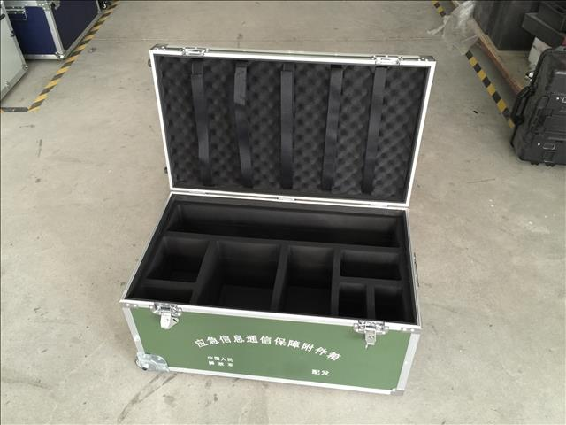 军用设备箱子