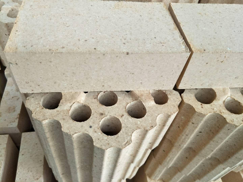 高铝质耐火砖